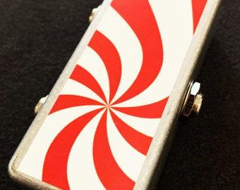 Saturnworks 2-Channel Passive Splitter Combiner Summer Guitar Pedal w/ Neutrik Jacks -- Handcrafted in California.