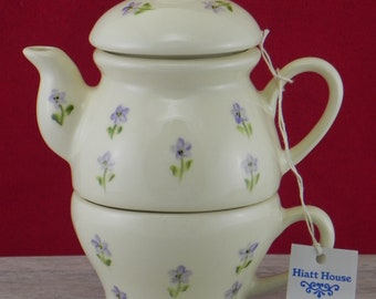 Tea for one/teapot and cup/teapot set/Blue Flower Bits/handpainted/ceramic/made in USA/Gift for Mom