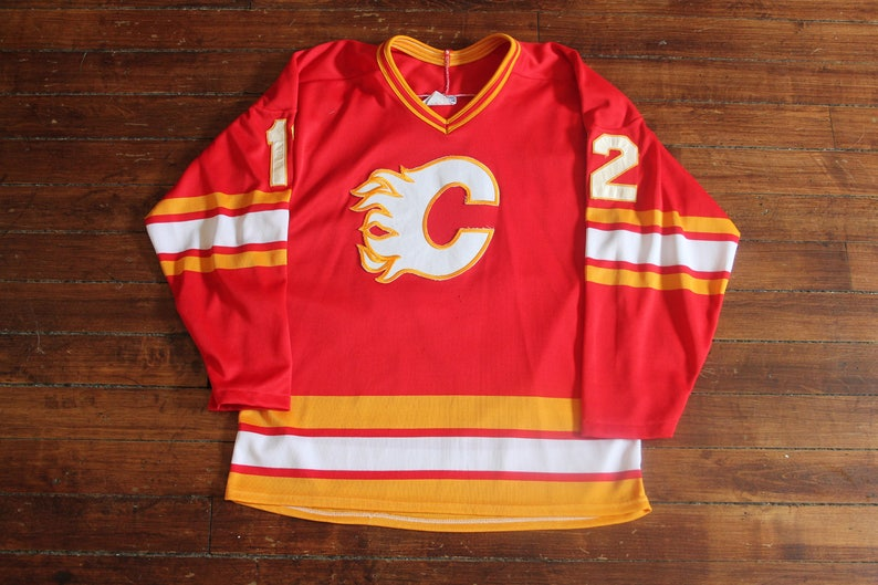 buy popular d6f3a 5c663 Calgary Flames Jersey authentic vintage CCM stitched NHL jersey 12 Hakan  Loob