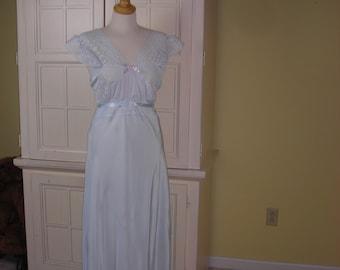 d42adab59bf0b 40 s Jean Harlow style bias cut nightgown