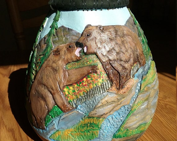 gourd, carved gourd,bears carved on gourd, gourd carved with wildlife, carved and painted gourd, gourd art, decorative gourd,