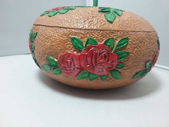 Gourd, carved gourd, gourd art, keepsake box, jewelry box,