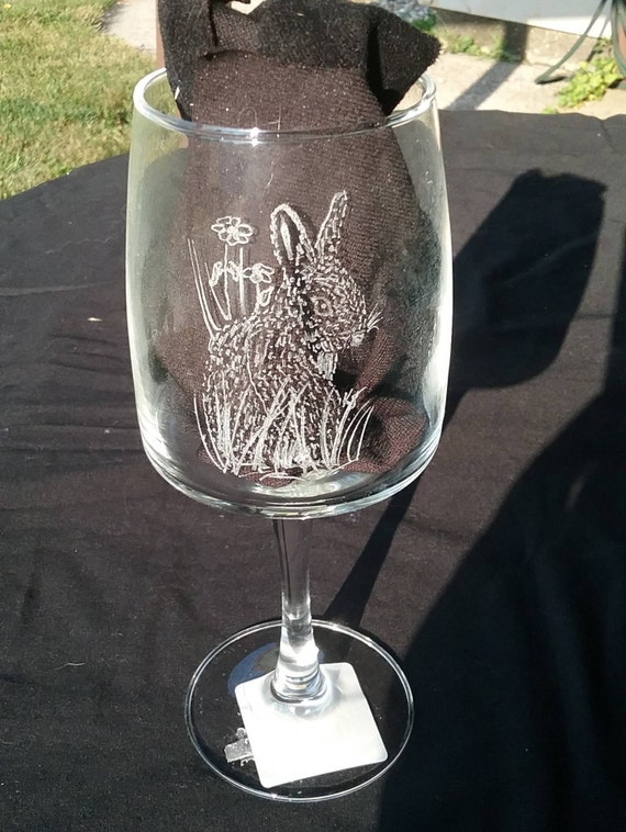 whimsical engraved bunny wine glass, engraved rabbit on wine glass, etched rabbit on wine glass, etched barware, engraved barware,