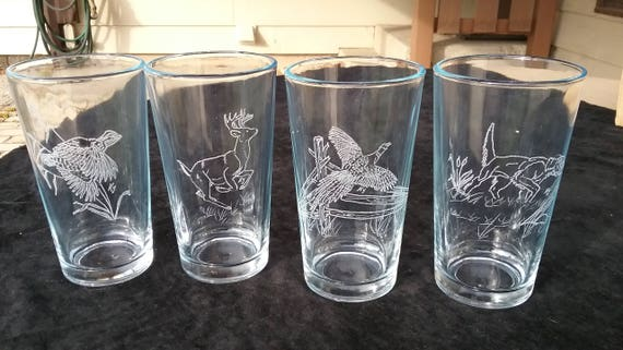 Beer glasses, Pub glasses, Hunting Beer glasses, Wildlife beer glasses, Hunters gift, Pint beer glasses, Gifts for him,  Beer drinker gift