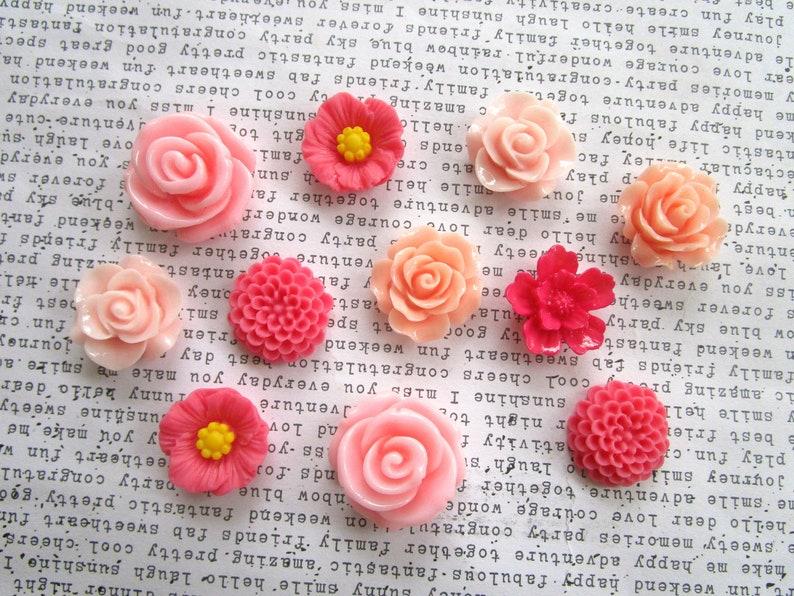 Wholesale 20pcs Resin Flower Flatback Cabochons Charm beads 13MM 15MM 10 Colors