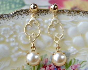 Glass Pearl Earrings, Long Pearl Earrings, Elegant Vintage Style Faux Pearl Jewelry, Stud Earring Pearl Gold Earrings, Bridesmaid Gift, Wife
