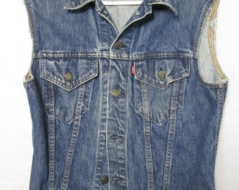 91095f4c60ce08 vintage USA made Levis 2 p0cket red tag sleeveless blue jean denim truckers  vest mens size S womens M