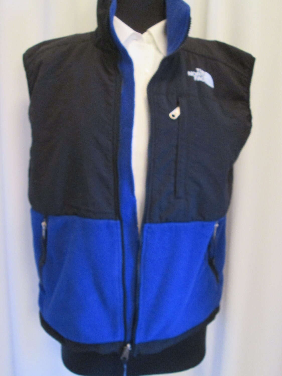 4ded74a39 vintage, TNF North face two tone fleece vest black blue sleeveless full zip  womens size M