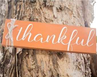 Thankful Wood Sign - Fall Home Decor Sign - Fall Fireplace Decor - Painted Wood Sign - Shabby Home Decor - Thanksgiving Decor - Fall Gift