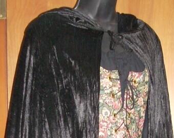 Renaissance Pene Velvet Cloaks