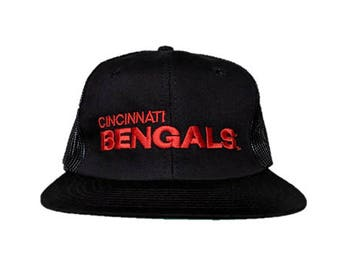 a6672d64 Vintage NFL AJD Brand Cincinnati Bengals snap back snapback style hat -  Black and Orange with Green bill