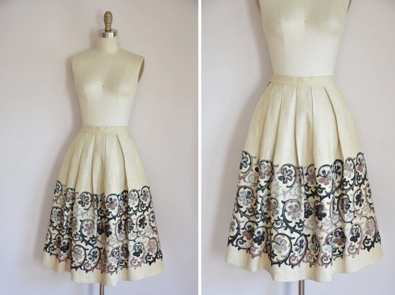 50s Wallflower skirt/ vintage 1950s full skirt/ 50