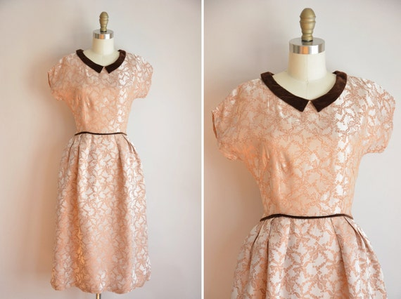 50s Grandest Gift dress / vintage 1950s novelty dr