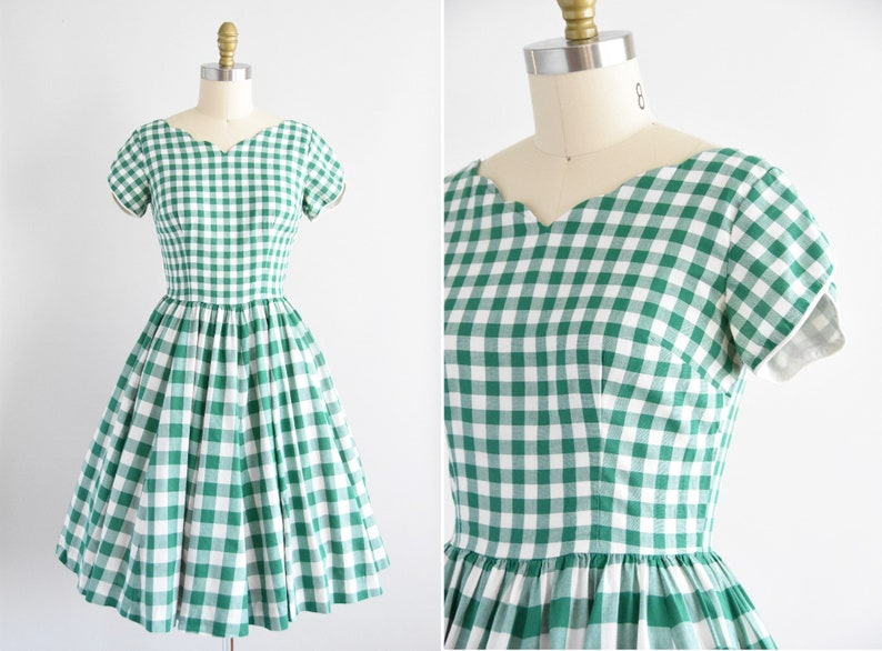 1950s Have A Picnic dress image 0