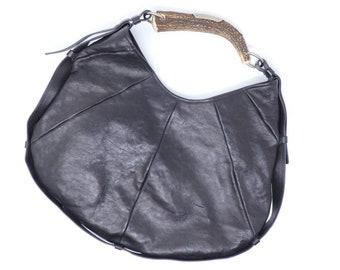286618f4b2d5 Yves Saint Laurent leather bag