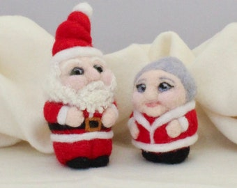 Needle Felting Kit with Video Tutorials – Santa and Mrs. Claus Christmas Figures