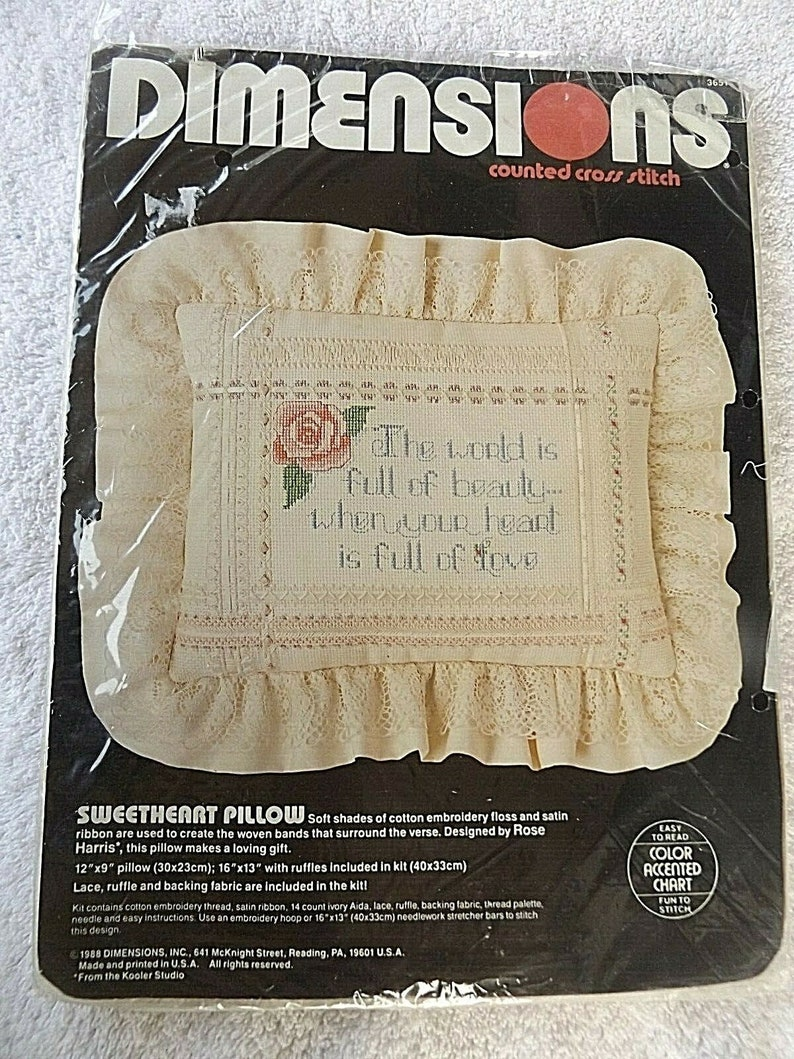 New Vintage 1988 Dimensions Sweetheart Pillow Counted Cross Stitch Kit 12 x 9 #3651