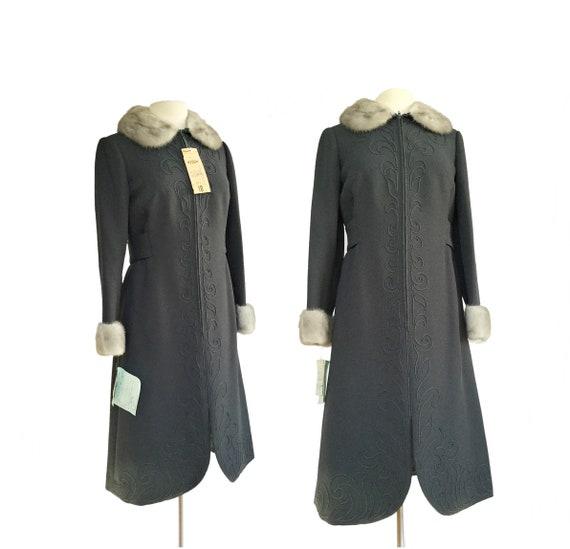 Vintage 70s grey wool coat dress| Stegari for File