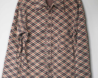 70s Mid Mod Plaid Cuffed Short Sleeve V Neck Button Blouse by Shirt Knits Ltd Retro Hipster Fashion Original Hutzler/'s Baltimore Hangtag