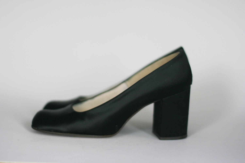 c47922e2b5b66 vintage qualicraft shoes black satin size 6B
