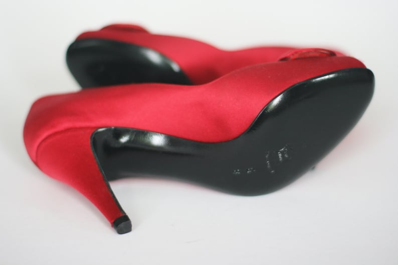 1e1920f68747f vintage evins prado red satin peep toe pumps made in italy size 6B new old  stock
