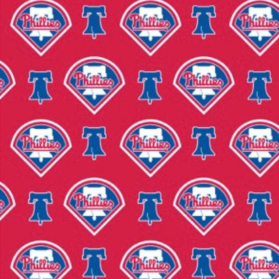 MLB Cincinnati Reds Major League Baseball Logo Toss Red Cotton Fabric
