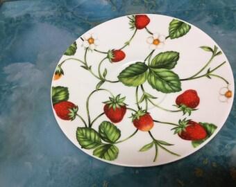 f6c9f46baf338 Strawberry plates | Etsy