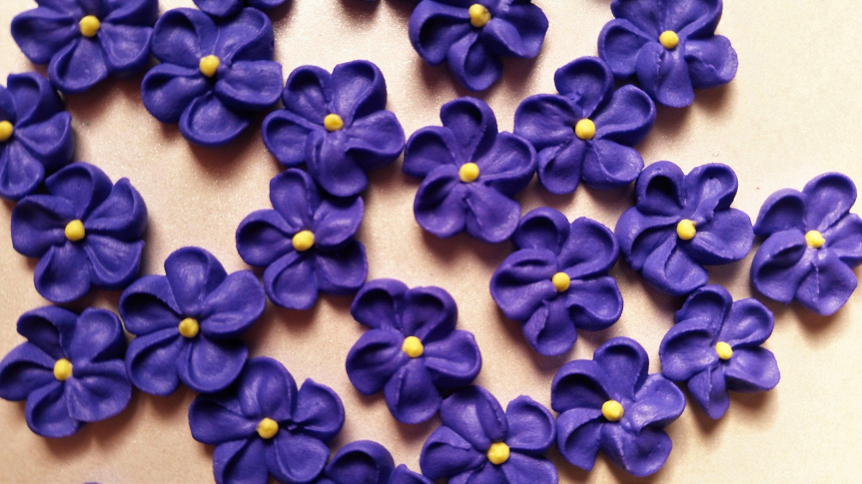Mini Purple Royal Icing Flowers Ready To Ship Edible Etsy