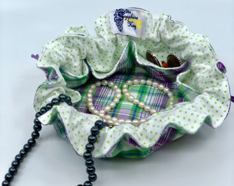 Drawstring Travel Jewelry Pouch / Satchel - Medium - Green and Purple Plaid with Green Polka Dot Flannel Lining
