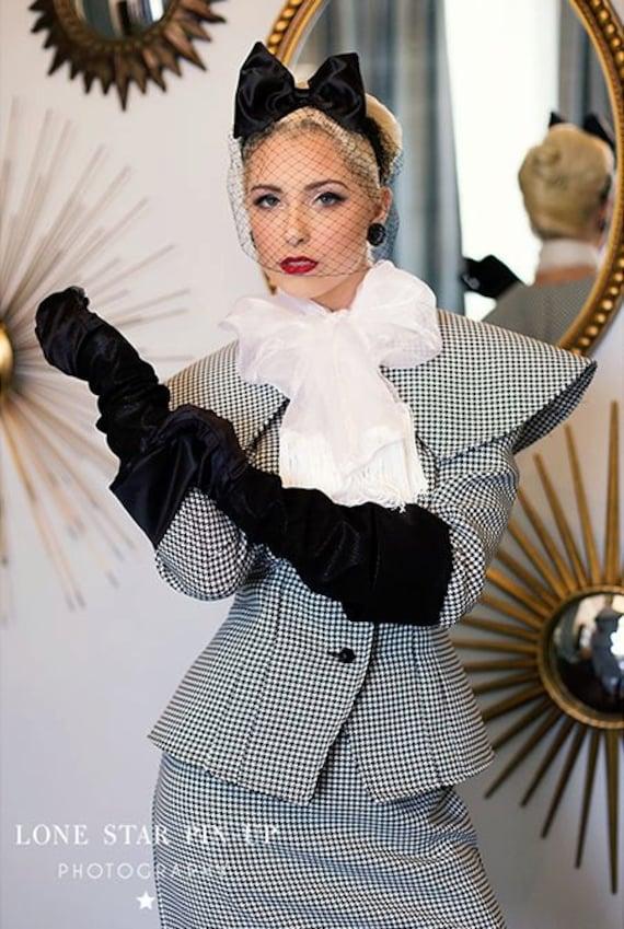 Vintage Suits Women | Work Wear & Office Wear 50s Inspired Suit Houndstooth Suit Barbie Silkstone $350.00 AT vintagedancer.com