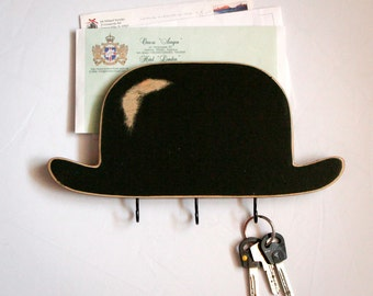 Bowler Hat Key Hook // Wooden Wall Organizer and Wall Shelf for Your Keys and Letters // Entry Way Shelf