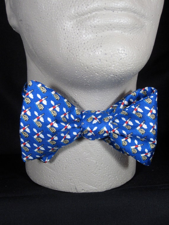 BOW TIE SILK Lighthouses Beacon Nautical Coastal Navigational Vacation  Souvenir Small Repeat Classic Blue Freestyle/Self Tie Your Own BowTie