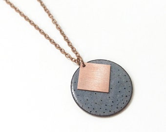 Geometric chain of enamel and copper painted with dots, grey