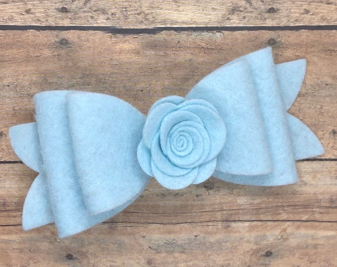 Light blue felt hair bow - felt bows, hair bows, bows, hair clips, hair bows for girls, hair clip, hair clips for girls, baby bows, hairbows