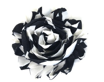Flower hair clip - Black and white hair clip, hair bows, bows for girls, baby bows, hair clips for girls, baby hair clips