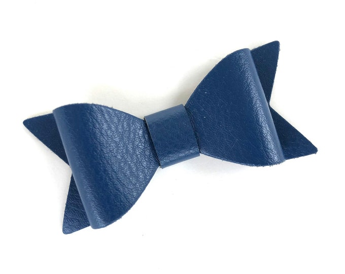 Navy hair bow - faux leather bow, hair bows, bows, hair bows for girls, baby bows, baby hair bows, hair clips, hairbows, toddler hair bows
