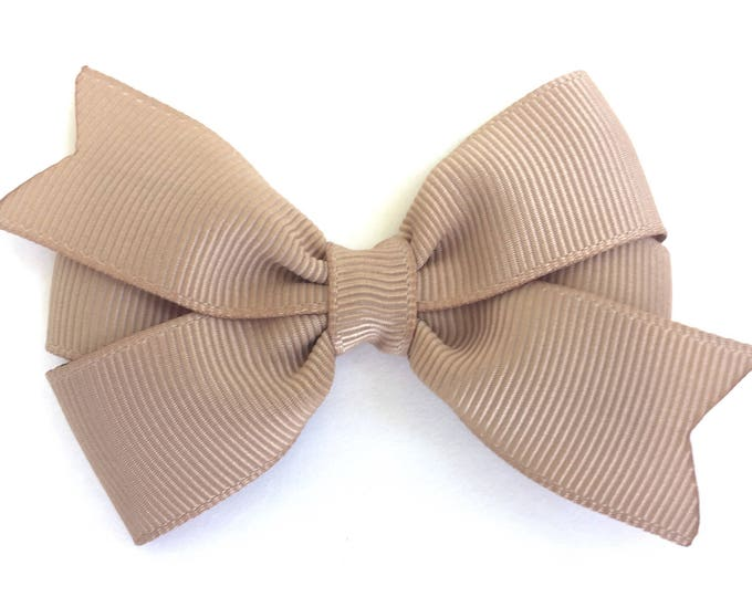 Tan hair bow - hair bows, bows for girls, pigtail bows, baby bows, baby hair bows, toddler hair bows, girls hair bows, hairbows