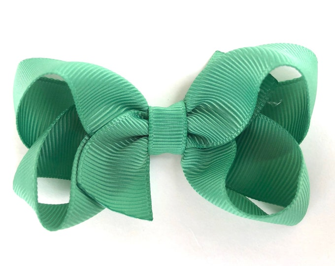 Sage green hair bow - hair bows, bows for girls, baby bows, toddler bows, pigtail bows, boutique bows