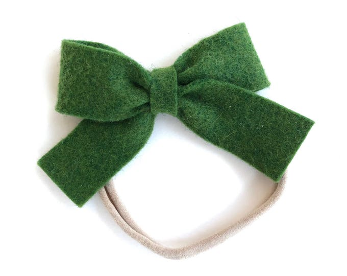 Dark green felt bow baby headband - nylon headband, baby girl headband, baby headband bows, newborn headband, baby bows, baby bow headband