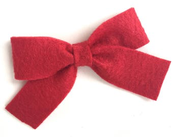 Red hair bow - felt bow, hair bows, bows, hair bow, hair clips, felt hair clip, hair clip, hair clips for girls, baby bows, felt hair bow