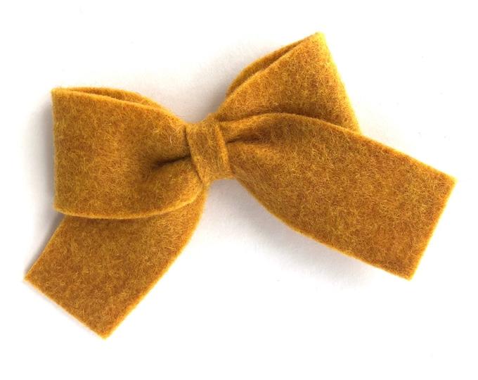 Gold hair bow - felt bow, hair bows, bows for girls, felt hair bows, hair clips for girls, toddler bows