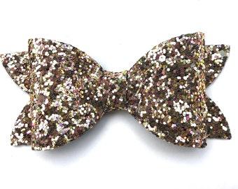 Gold glitter hair bow - hair bows, bows for girls, baby bows, toddler hair bows, girls bows, gold bows, pigtail bows