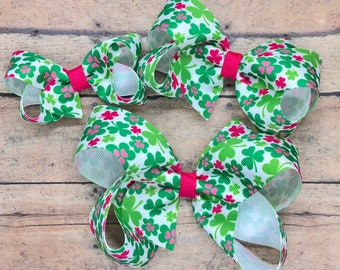 St. Patrick's Day hair bow - hair bows for girls, baby bows, toddler hair bows, girls hair bows
