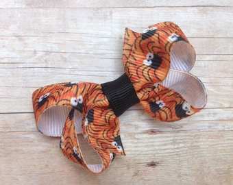 Halloween hair bow - hair bows for girls, spider bow, girls halloween bows, girls hair bows, toddler hair bows, small bows, baby hair bows