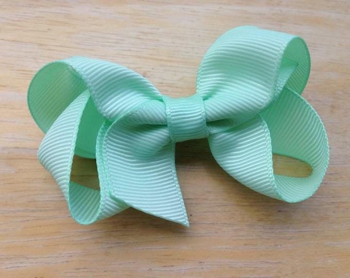 Pastel green hair bow - hair bows, bows, hair bows for girls, hair clips, baby bows, baby hair bows, toddler bows, girls bows, pigtail bows