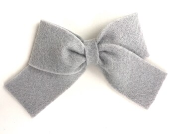 Gray hair bow - felt bows, hair bows, bows for girls, hair clips for girls, baby bows, felt hair bows, toddler bows
