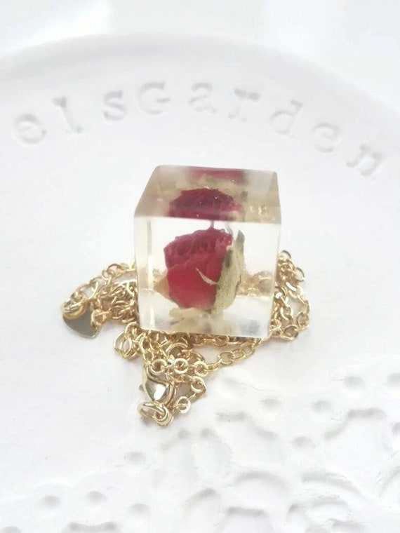 Rose flower necklace Cube pendant gold necklace for women gold one of a kind real real red rose pendant necklace gold filled gift for women