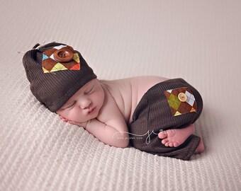 4eeb3c6342a Newborn boy pant set