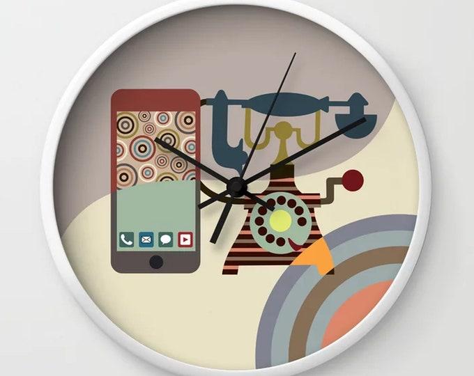 Cute Wall Clock, Retro Phone Decor Vintage Wall Art