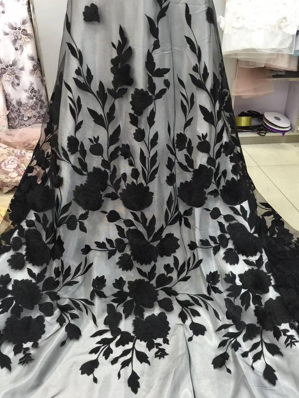 tissu de dentelle dentelle de noire en tulle brodé, dentelle multicolore avec des fleurs, tissu lourd brodé dentelle, tissu dentelle tulle a84172